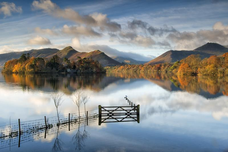 paul_garnett_-_derwentwater_reflections